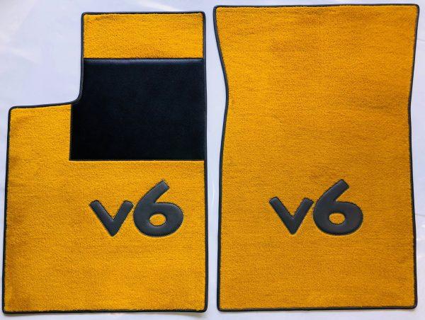 Renault Clios 16's 16s set sur tapis sur-tapis moquette jaune Lettres et tour gris