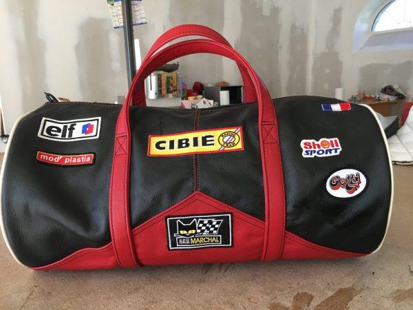 Renault Alpine Turbo shell cibié marchal gotti elf mod'plastia noir cuir rouge valise sport sac helmet
