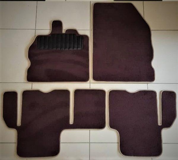 Renault Espace sur tapis sur-tapis moquette marron chocolat