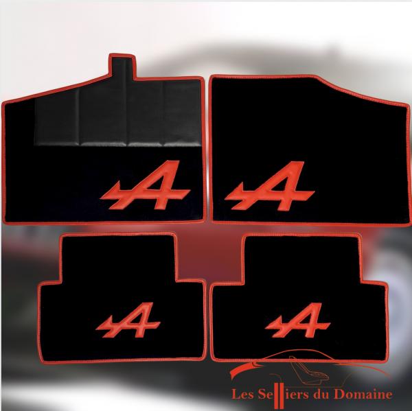 Set sur tapis Alpine V6GT moquette noir A et tour rouge