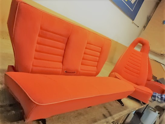 renault 5 alpine turbo R5T1 5RT2 R5T R5A phase 1 ph1 red rear rear seat