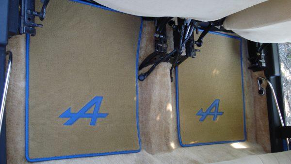 renault 5 turbo R5T1 5RT2 R5T sur tapis sur-tapis R5A Alpine beige bleu