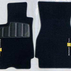 Renault sport Mégane Megane R26 RS 3 carpet mats on black domain saddlers