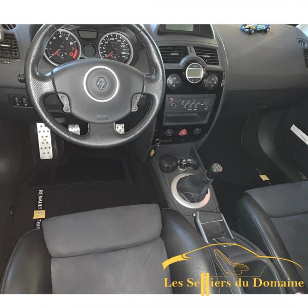 Sur-Tapis Megane RS R26
