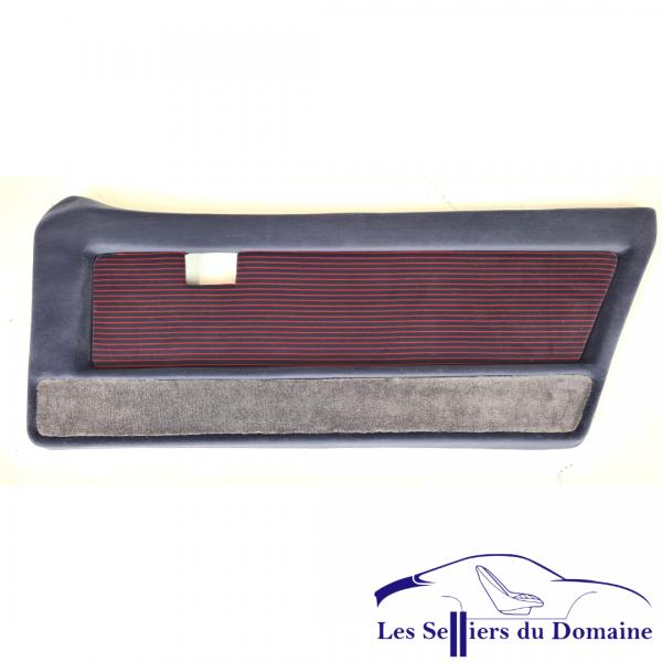Garniture de porte en tissu gris rayé rouge pour Alpine A310V6 phase 2. Possibilité de fournir le support de contre porte en polyester , et de réaliser la pose des éléments