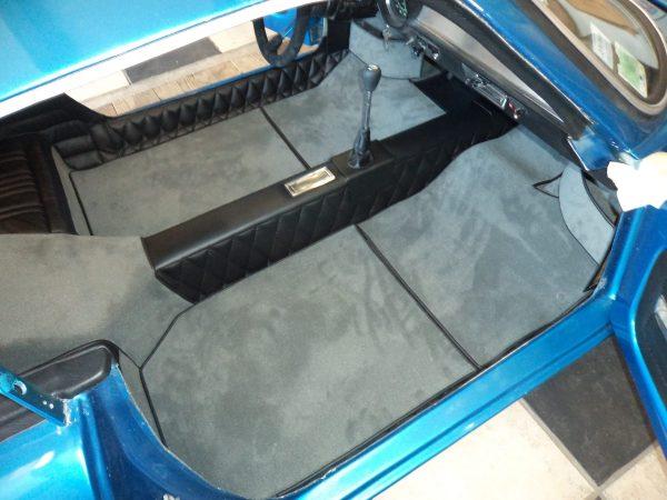 Renault Alpine Berlinette A110 tunnel central simili kit moquette anthracite