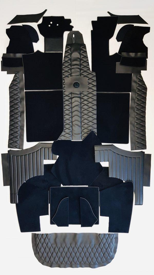 Renault Alpine Berlinette noir garniture de bas de caisse simili