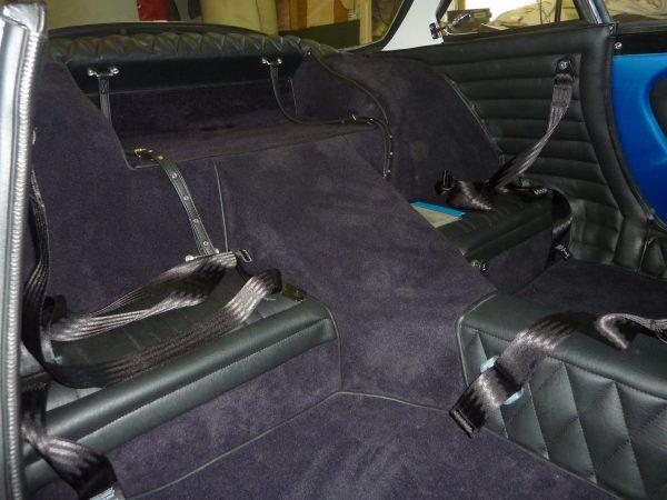 Renault Alpine Berlinette garniture sous custode simili noir
