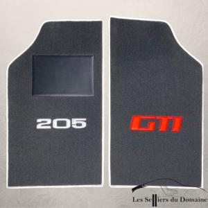 Sur tapis 205 GTi