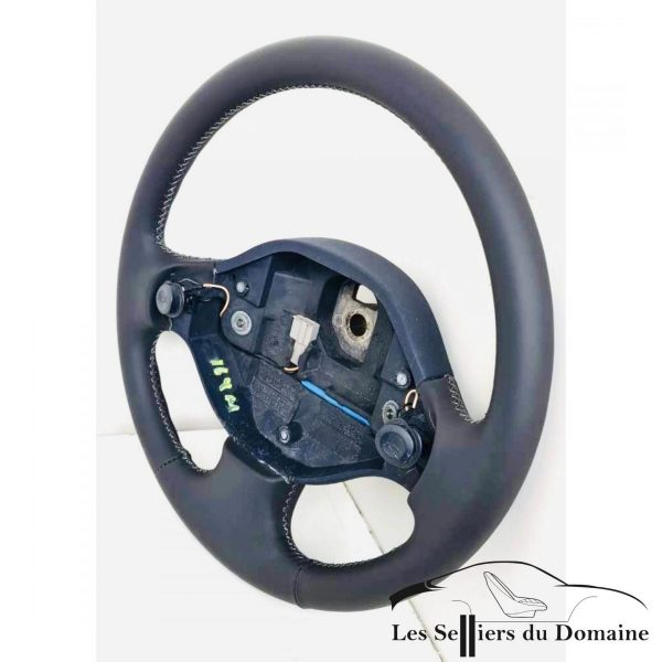 Filling the Clio V6 steering wheel
